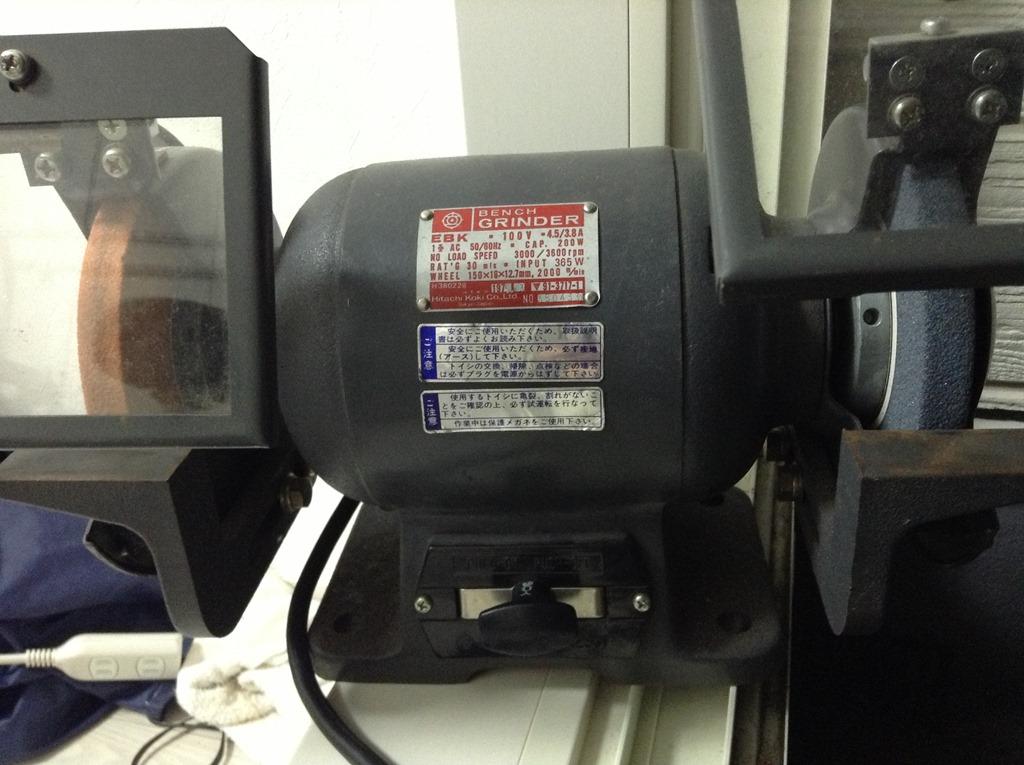 手銛製作にあると便利な工具その1 両頭グラインダー